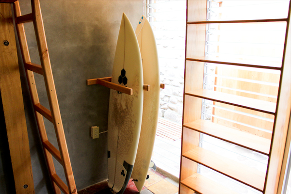 Chambre 6 - Surf rack