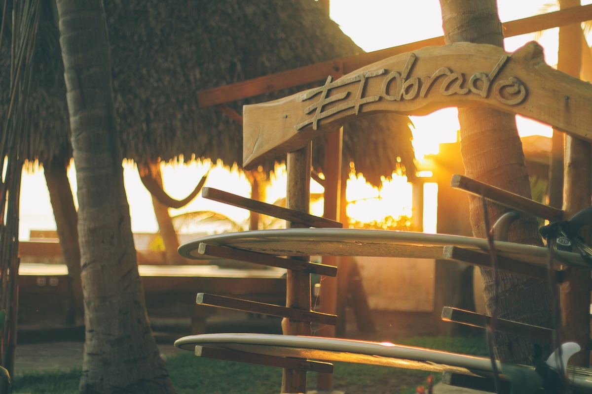 1-eldorado-surf-resort-room08